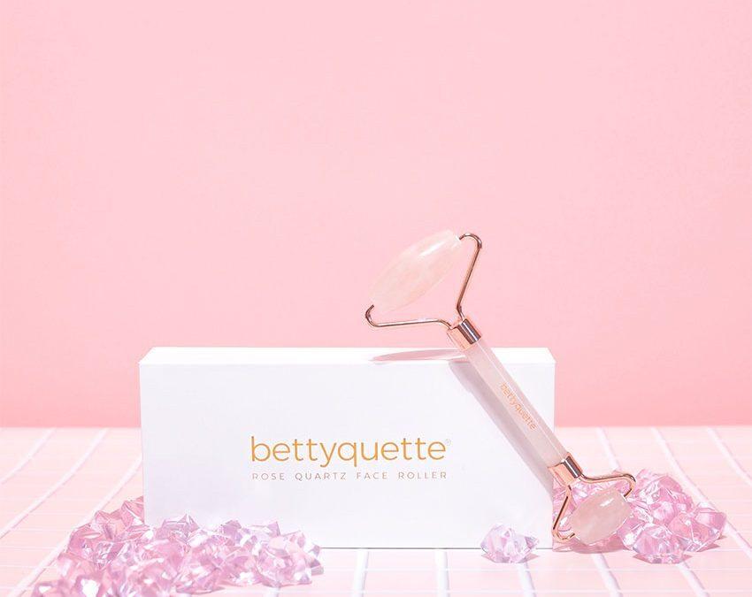 bettyquette rose quartz face roller